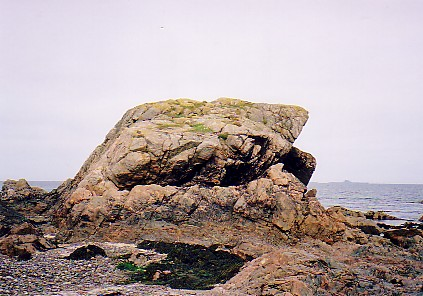 The archiac rock strata on Iona